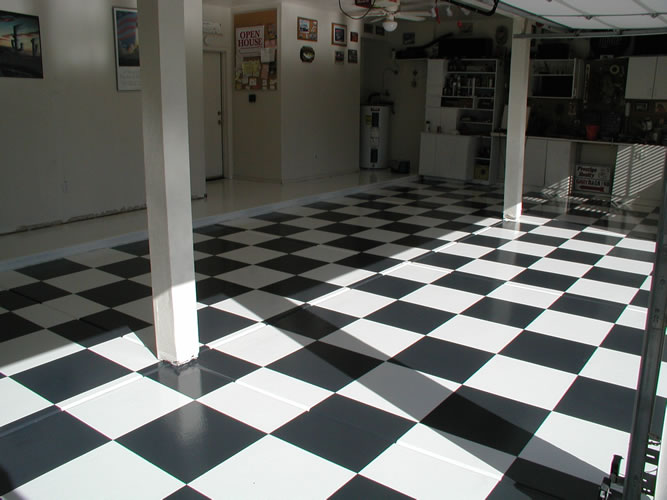 epoxy-garage-floor-for-home-by-dreamcoat-flooring