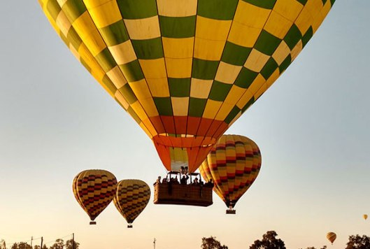 Balloons-Above-the-Valley.jpg