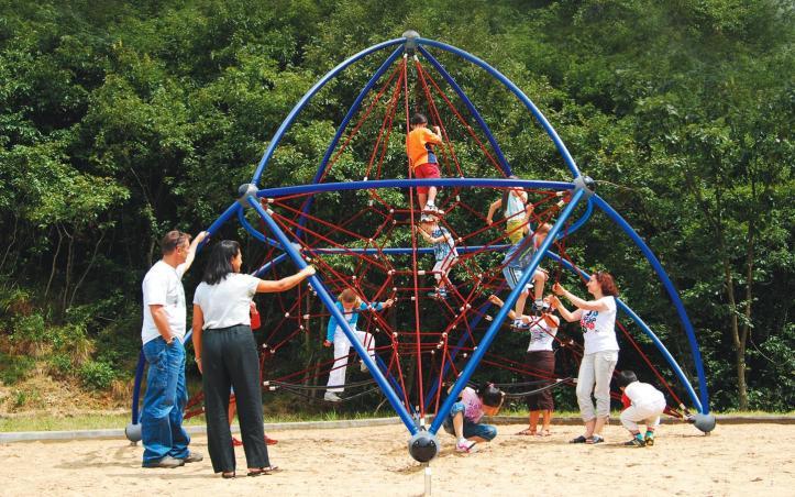 playground-equipent-supplier