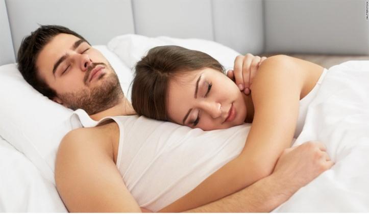 weston_sleep_apnea_couple-sleeping